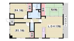 閑静な住宅街でマンションタイプの角部屋です!駐車場2台目ございます! 301の間取