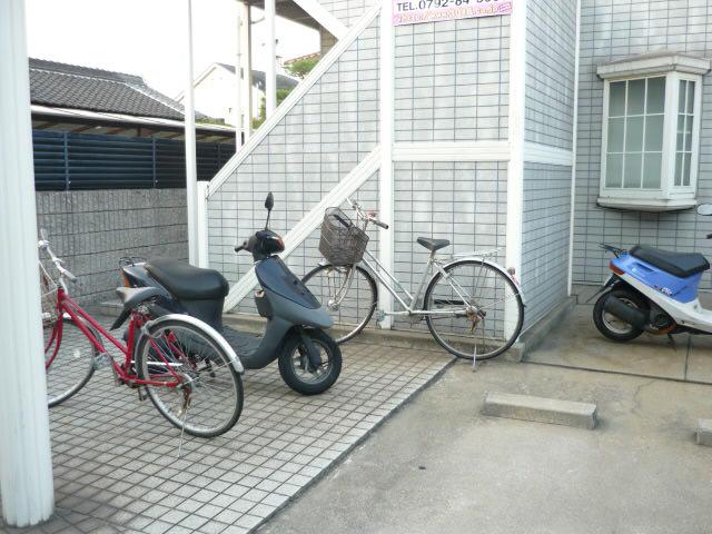 物件番号: 1115112925  姫路市飾磨区思案橋 1K ハイツ 画像3
