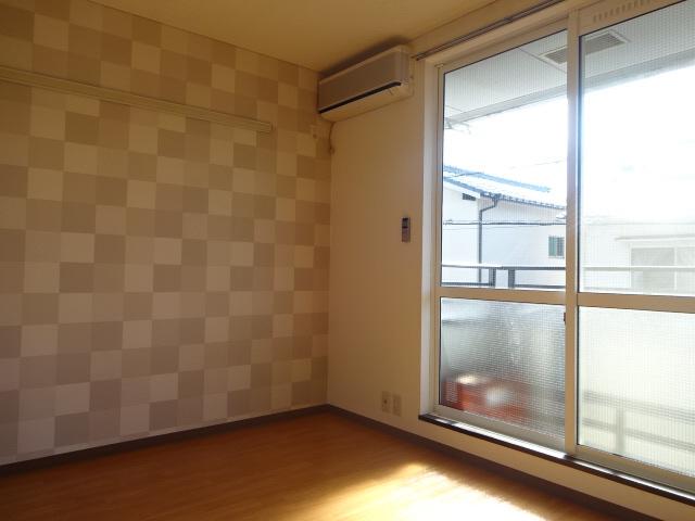 物件番号: 1115186107  姫路市新在家中の町 1K ハイツ 画像1