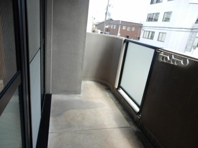 物件番号: 1115119527  姫路市国府寺町 3LDK マンション 画像9