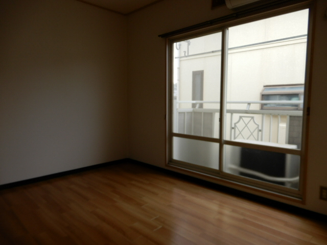 物件番号: 1115181877  姫路市新在家1丁目 1K ハイツ 画像1