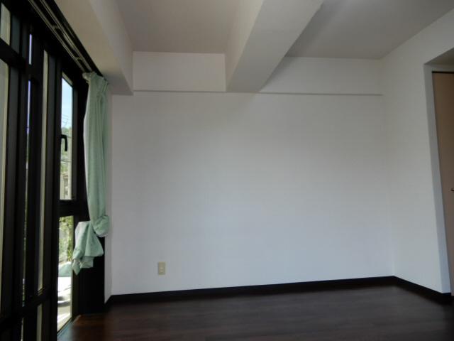 物件番号: 1115134117  姫路市新在家本町2丁目 1R マンション 画像1