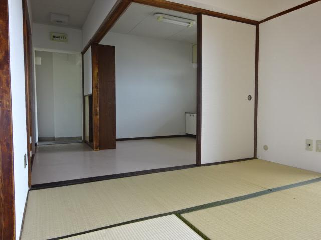 物件番号: 1115137348  姫路市大津区恵美酒町2丁目 3DK マンション 画像14