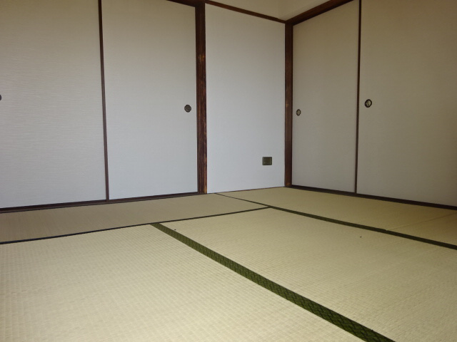 物件番号: 1115137348  姫路市大津区恵美酒町2丁目 3DK マンション 画像17