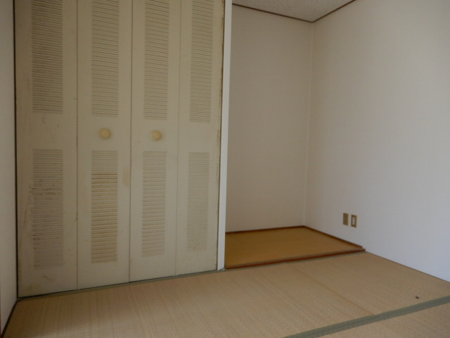 物件番号: 1115146198  姫路市東今宿6丁目 1K ハイツ 画像1