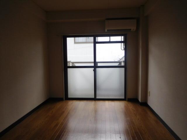 物件番号: 1115186117  姫路市西中島 1R マンション 画像1