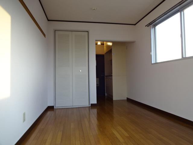 物件番号: 1115151812  加古川市平岡町新在家1丁目 1K アパート 画像1