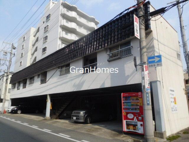物件番号: 1115152278  姫路市船丘町 1DK ハイツ 外観画像