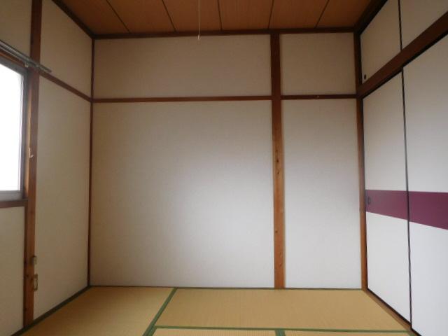 物件番号: 1115152278  姫路市船丘町 1DK ハイツ 画像2