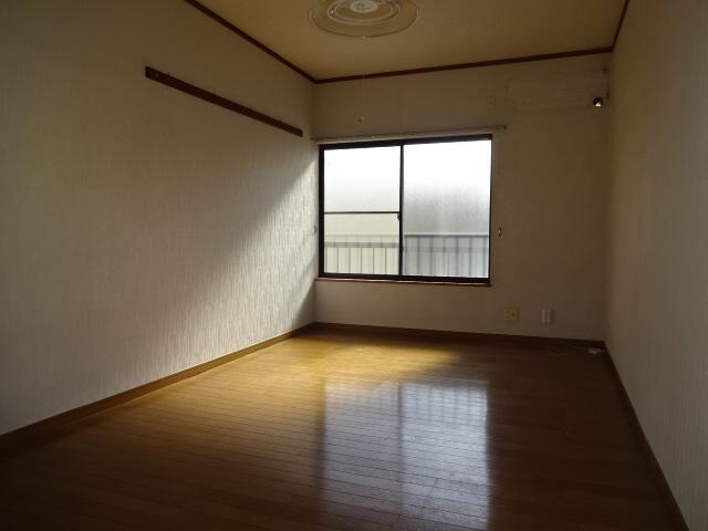 物件番号: 1115156796  姫路市白国1丁目 1R ハイツ 画像1