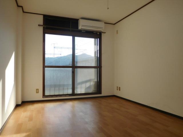 物件番号: 1115164170  姫路市広畑区西夢前台5丁目 1K マンション 画像1