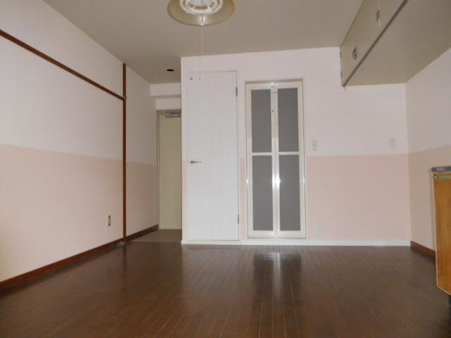 物件番号: 1115172376  姫路市西八代町 1R マンション 画像1