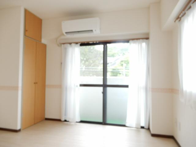 物件番号: 1115183754  姫路市新在家中の町 1R マンション 画像1