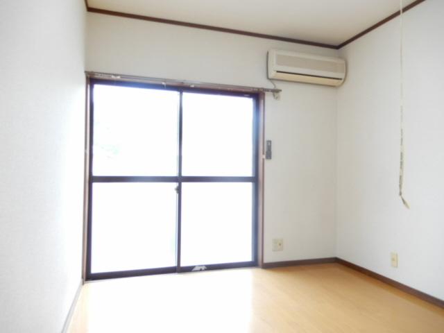 物件番号: 1115184813  姫路市青山4丁目 1K ハイツ 画像1